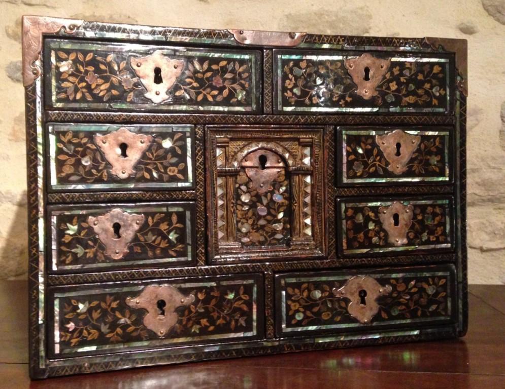 Achat vente petits meubles cabinet namban japon for Meuble antique japonais