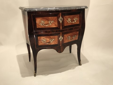Commode estampillée L.N MALLE, ancienne collection David-Weill, Paris ép Louis XV. Commodes