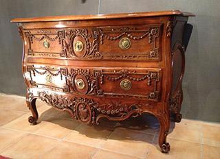 Achat et vente de meubles et objets anciens antiquit s franck baptiste - La commode aux 9 tiroirs ...